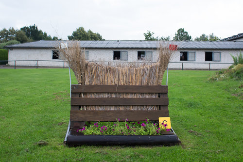 Fence 11C - Coffin - Besenbürste