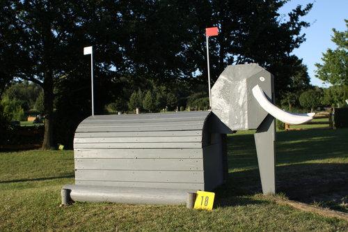 Fence 18 - Elefant