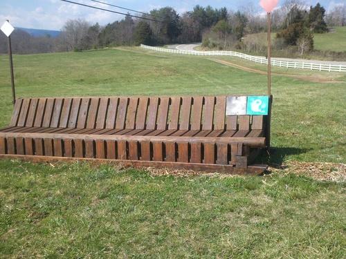 Hindernis 2 - Bench