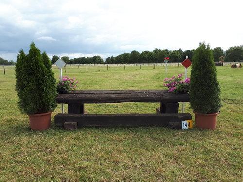 Fence 4 - Schwellentisch