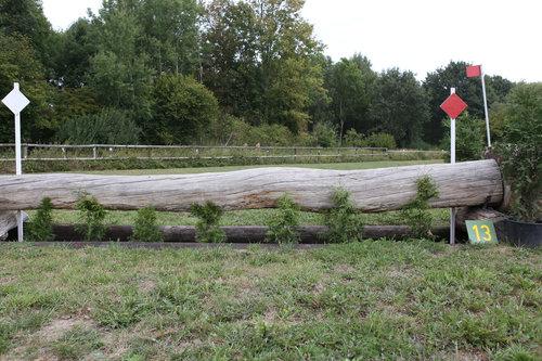 Fence 13 - 36° Graben