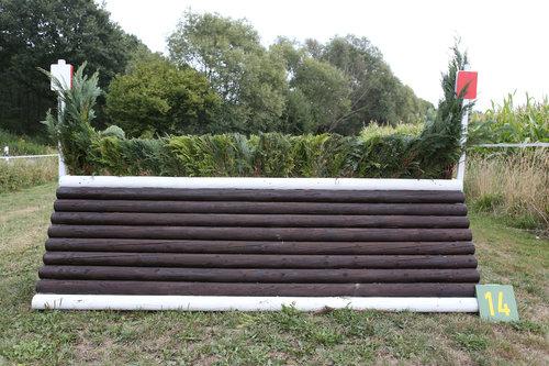 Fence 14 - Rennbahnsprung