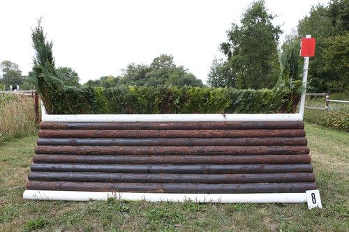 Fence 8 - Rennbahnsprung