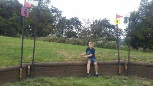Fence 4 - Bank
