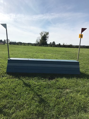 Fence 16 - Blue table