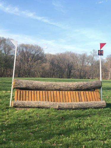 Fence 11 - Log coop