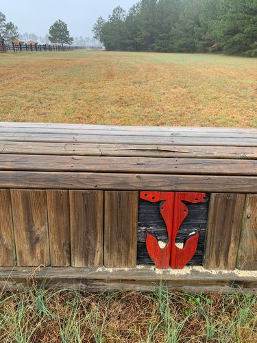 Fence 1 - Red horse head Roll Top