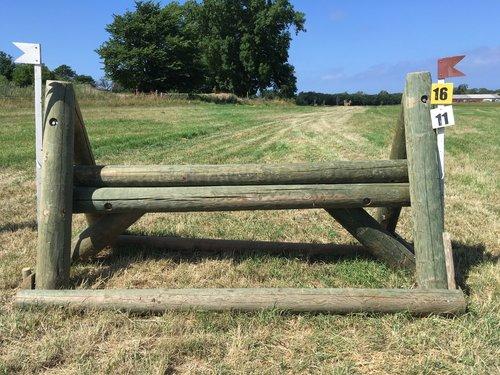 Fence 16 - A-buk