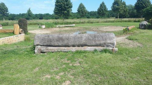 Fence 12 - Wassereinsprung