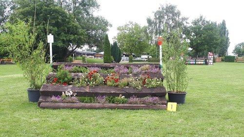 Fence 1 - Blumentisch