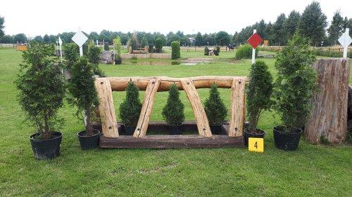Fence 4 - Eichensprung