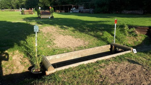 Fence 16B - Coffin - Graben