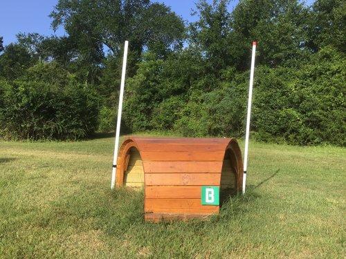 Fence 7B - Gnome Hut