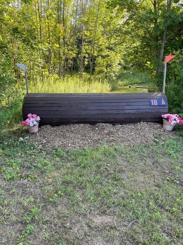 Fence 10A - Coffin Roll Top
