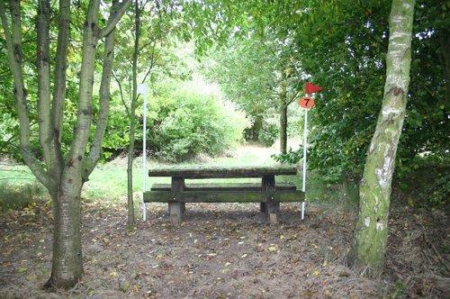 Hindernis 7 - Picnic Bench