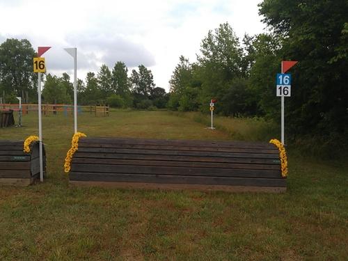 Fence 16 - Penny Oaks Rolltop