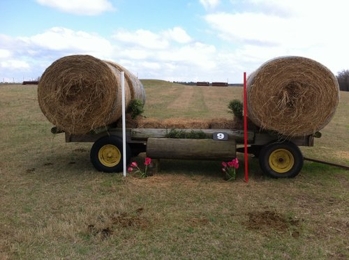 Obstacle 9 - Hay Wagon