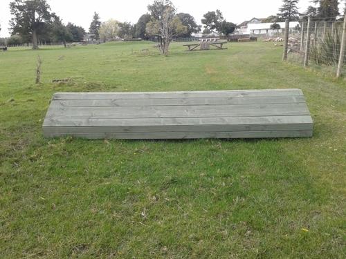 Fence 6 - 1/2 Barn