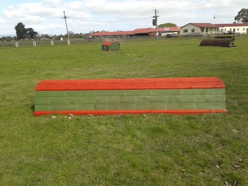 Fence 12 - New World Roll Top