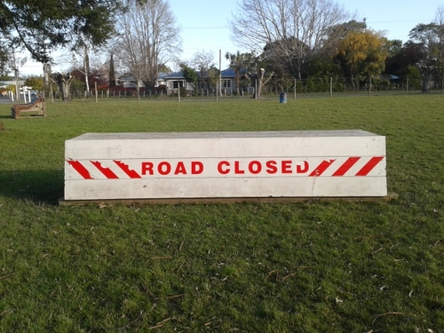 Fence 14 - Road Closed