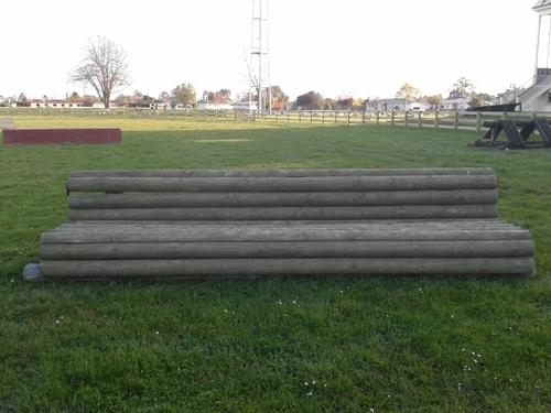 Fence 17 - Sofa