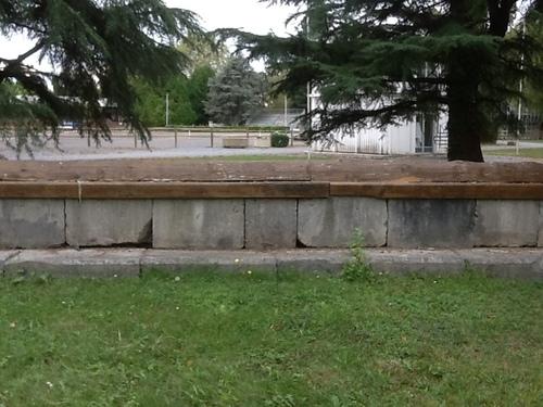 Fence 21 - Le Bye-bye - Mur de Pierre